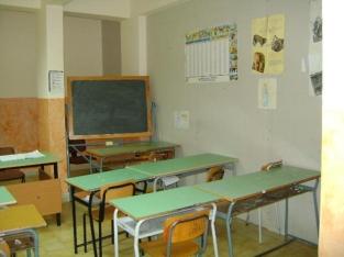foto2_aragona12feb2010_scuolamediafontesepiscopi_auladivisa2